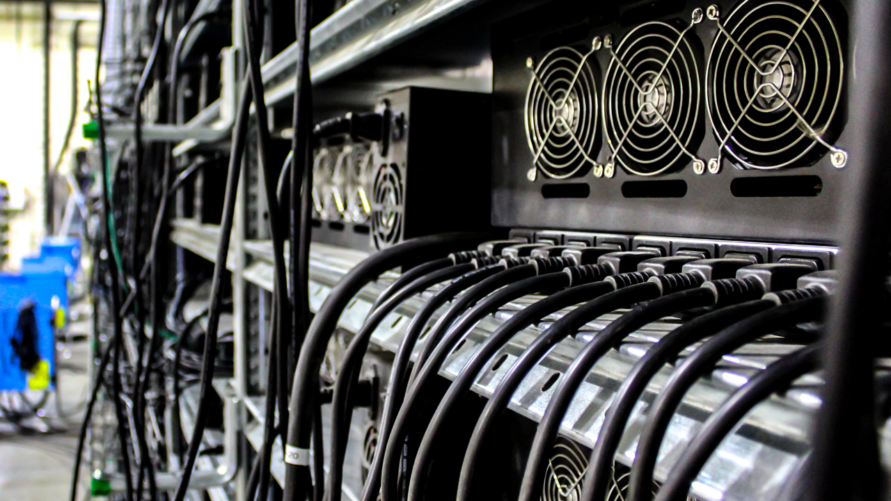 Bitcoin's Hashrate Drops Below 100 Exahash, Observers Describe China's 'Great ASIC Exodus'