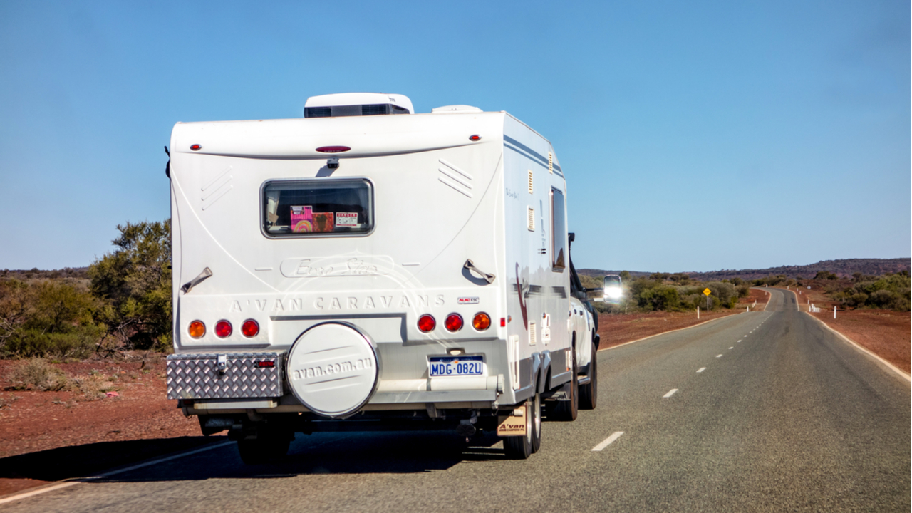 Lloyds Auctions Australia Sells a Pricey Caravan for Cryptocurrency
